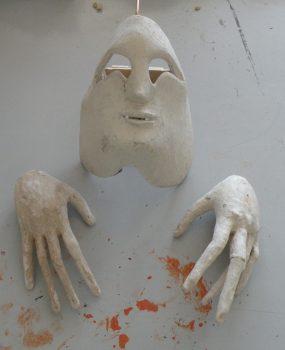 Marionettenkopf Und Hände
