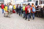 Die Dicke begegnet Schulklasse in Husum, Deutschland