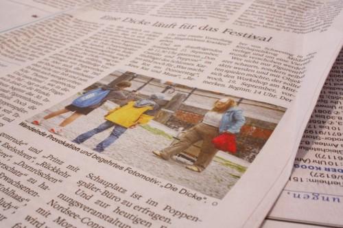 """Pressebeitrag über """"Die Dicke"""" in den Husumer Nachrichten vom 13. September 2013"""