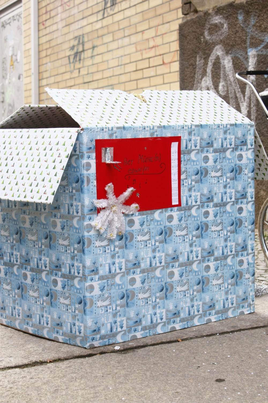 Der Weihnachtlieder-Automat von Magdalena von Rohden; 'FLOHMARKT - Ein Kessel Handgemachtes'; Foto: Carsten Bach