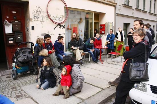 Unsere Besucher, 'FLOHMARKT - Ein Kessel Handgemachtes' ; Foto: Carsten Bach