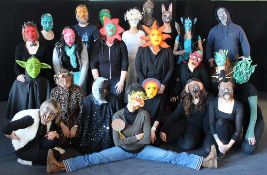 Maskenspiel mit angehenden erzieherinnen workshops theaterp dagogik julia raab for Erzieherausbildung leipzig