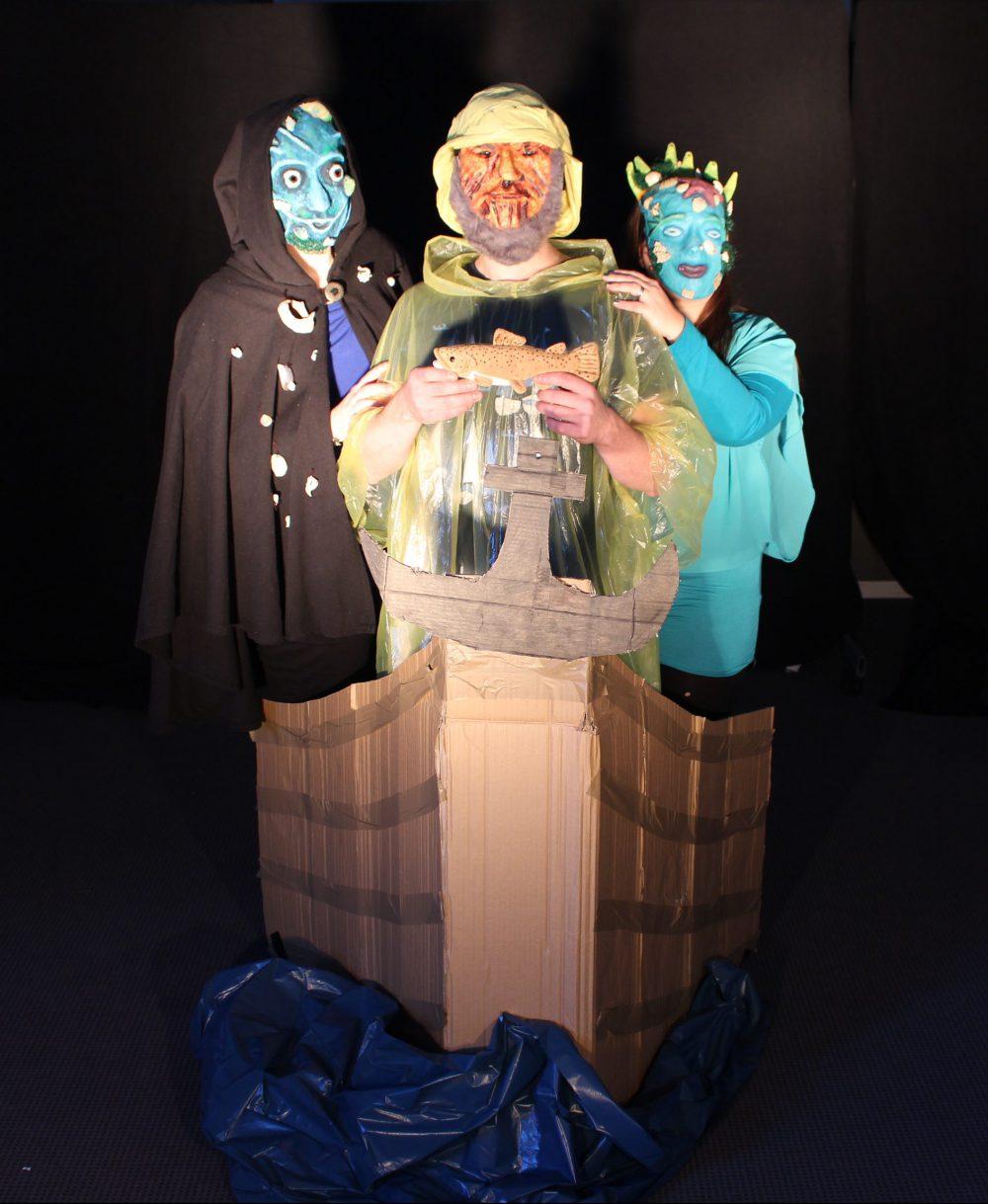 Szenenfoto 'GESICHTSLOS'; Maskenprojekt SP03/14 der Johanniter-Akademie Leipzig