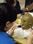 'Fee'-Maske von Nicole; die letzte Schicht wird aufgetragen