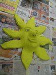 Maske 'Sonne' mit Grundierung