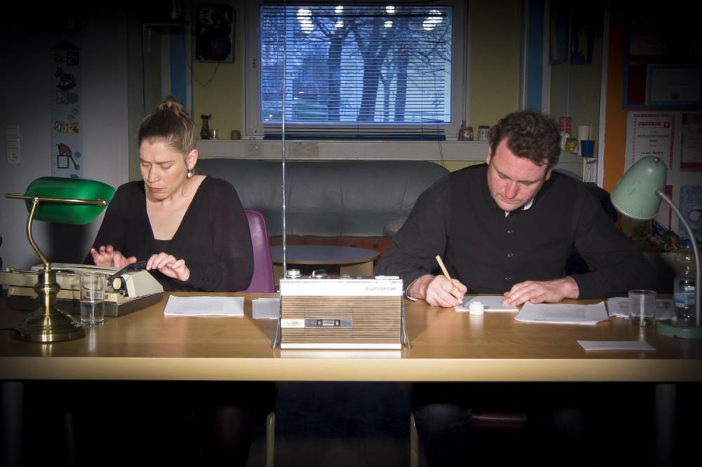 Szenische Lesung im Rahmen der '5. Bildungswochen gegen Rassismus' im Familientreff in Heide-Nord; Foto: Kerstin Eschke