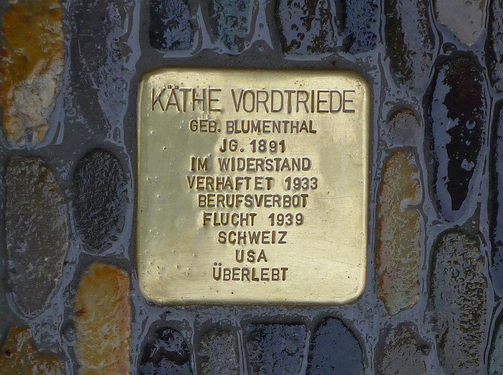 Stolperstein für Käthe Vordtriede, zu finden in Freiburg im Breisgau