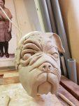 Doppelmaske in der Entstehung, modelliert in Ton von Figurenspielerin Julia Raab in ihrem Atelier fiese8 für die Produktion 'Der schwarze Hund'